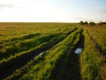 Route d'oblast de Nijni-Novgorod, de Nijni-Novgorod et champ Photo stock