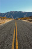 Route dans Death Valley image libre de droits