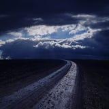 Route dans la nuit Images libres de droits