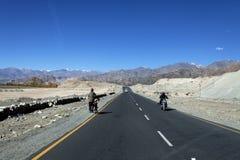 Route dans Ladakh Photos libres de droits