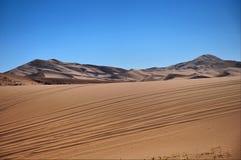 Route dans le désert Images stock