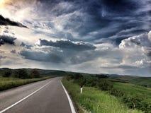 Route dans le pays images libres de droits