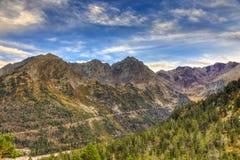 Route dans les montagnes Images libres de droits