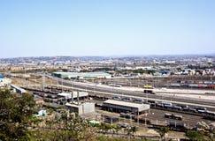 Route de Bayhead menant dans l'entrée de port de Durban Image libre de droits