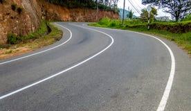 Route de campagne de colline Images stock