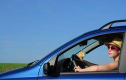 Route de campagne de croisière d'entraînement de véhicule Photos libres de droits