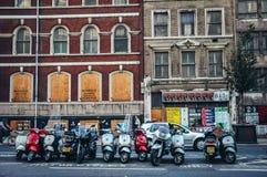 Route de Farringdon ? Londres photographie stock libre de droits