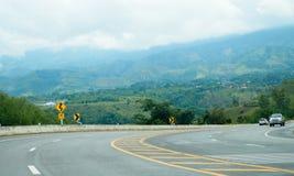 Route de montagne chez Phetchabun, Thaïlande Images libres de droits