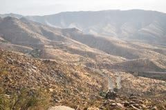 Route de montagne dans l'Ouzbékistan image stock