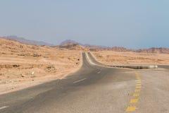 Route de montagne dans le désert de Sinai Photographie stock