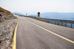 Route de montagne de route, serpentine Photos libres de droits