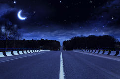 Route de nuit Photos libres de droits