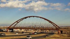 Route de paysage de Denver Skyline Transit Train Bridge le Colorado clips vidéos