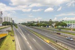 Route de Presidente Dutra - Brésil Photographie stock libre de droits