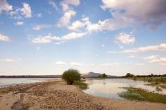 Route de sable à travers le lac Photo libre de droits