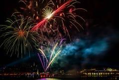 Route de Saint-Laurent de feux d'artifice de Québec images stock