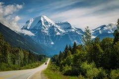 Route de Yellowhead dans le Mt Robson Provincial Park, Canada Photographie stock libre de droits