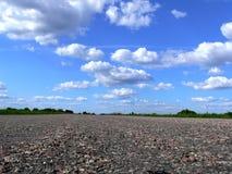 Route dedans à l'horizon Photographie stock libre de droits