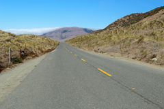 Route désolée le long de la côte perdue de la Californie Photo libre de droits