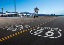 Route 66: El motel y café, Amboy, CA de Roy Imagen de archivo