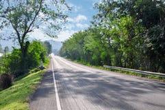 Route en montagnes photo stock