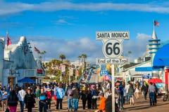 Route 66 -Ende der Spur in Santa Monica California USA Stockfotografie