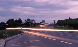 Route entre les champs Photo libre de droits