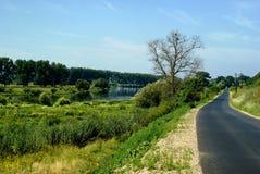 Route et fleuve image libre de droits