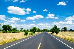 Route et récolte images libres de droits