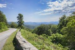 Route express bleue de Ridge Images libres de droits