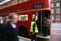 route för busslondon förlage Arkivfoton