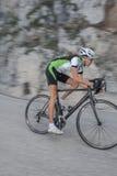 Route faisant un cycle - vélo brouillé de route Images stock