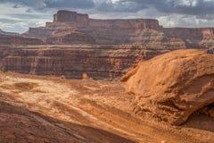 Route faisante le coin de poulet près de Moab, Utah Images libres de droits
