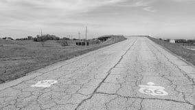 Route 66: Front St Bridge, Loodglans, KS Stock Afbeeldingen