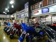 Route 66 Harley Davidson i Tulsa, Oklahoma, skärm av motorcyklar Fotografering för Bildbyråer
