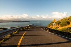 Route inclinée vers la mer Photographie stock libre de droits