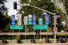 Route 66 -kruisingstekens Stock Fotografie