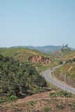 Route le long de colline/de moutain en Bao Loc, Viet Nam Image libre de droits