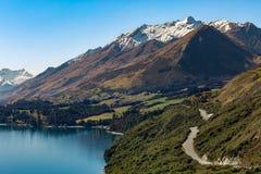 Route le long du lac Photo libre de droits