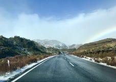 Route menant à Whakapapa Ski Field, Ruapehu Image stock