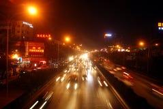 Route nationale 107 de Shenzhen la nuit, dans la porcelaine Image libre de droits