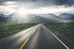 Route norvégienne spectaculaire Image libre de droits