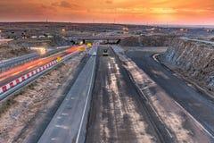 Route nouvellement asphaltée panoramique images stock