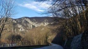 Route par le canyon en Europe du sud-est photos libres de droits