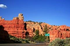 Route par le canyon rouge, Utah images libres de droits