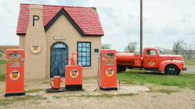 Route 66: Phillips 66 bensinstation, McLean, TX arkivbild