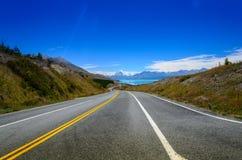 Route pour monter le cuisinier, île du sud - Nouvelle-Zélande Photo libre de droits