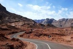 Route rocheuse de désert Photos libres de droits