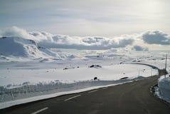 Route sans fin d'hiver Photographie stock libre de droits