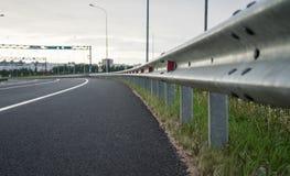 Route sans voitures, une raret? dans notre temps photo stock